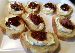 Fig & goat cheese crostini